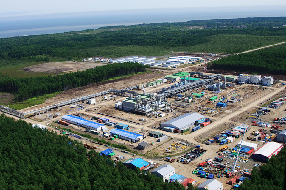 Sakhalin-2 Project_Booster Station 2 (7).png